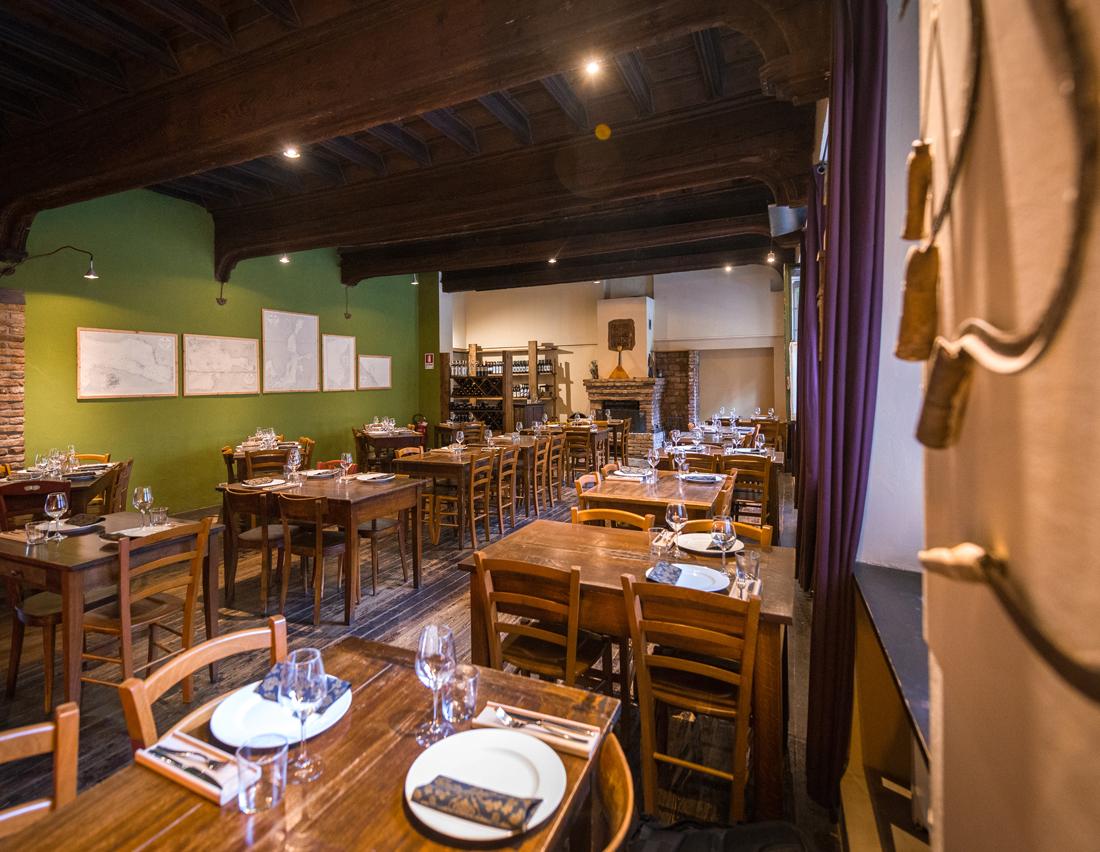 SIBIRIAKI_INTERNO ristorante russo Torino